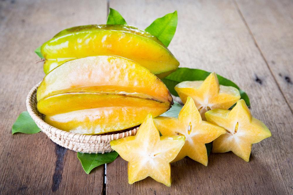 Karambola (Carambola) (Star Fruit)